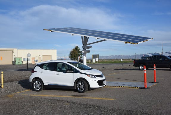 electric vehicle research, electric vehicle charging, electric car charging, electric car technology, electric car research, electric car battery,